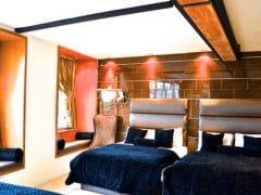 Hangover suite - sleeping 11 - group hotel room in Liverpool
