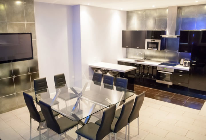 Mathew Street Party Apartment - Signature Living Liverpool prices