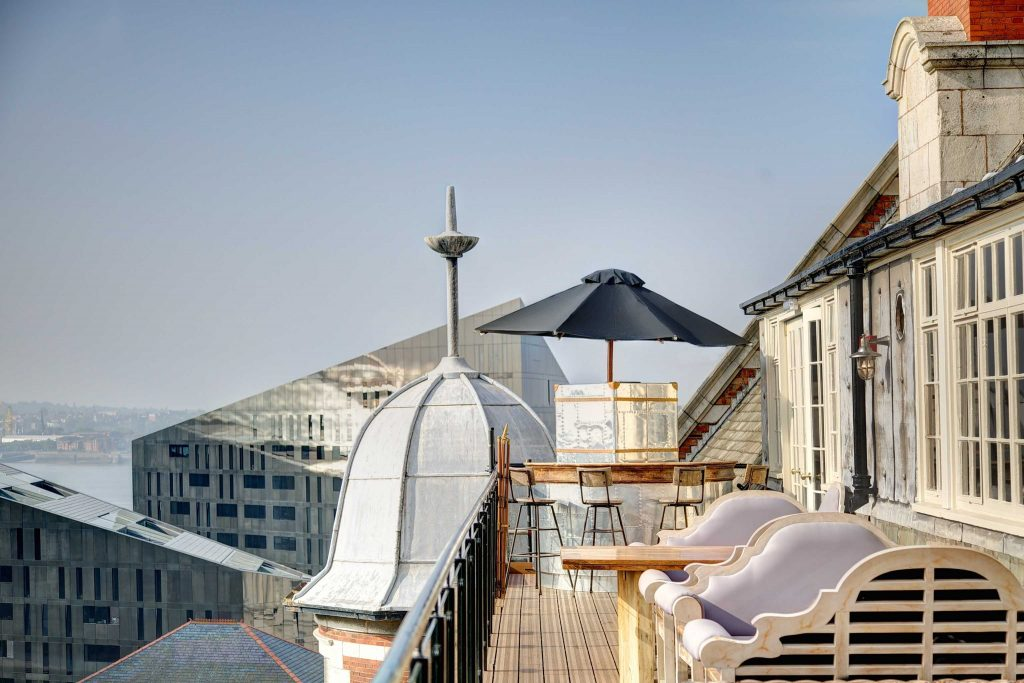 Carpathia Rooftop Bar