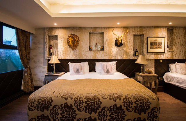 Wardrobe-room-bed