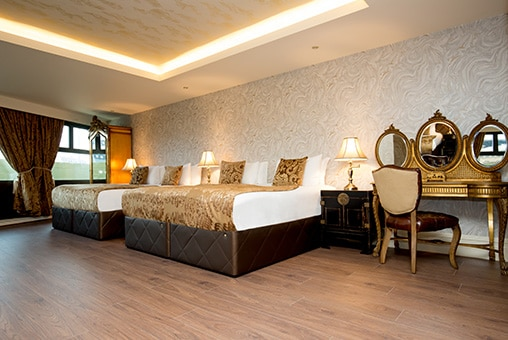 Opium suite - group accommodation in Liverpool