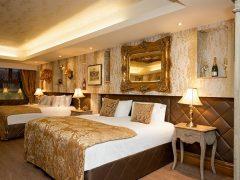 Party hotel in Liverpool - Wardrobe room in Wonderland