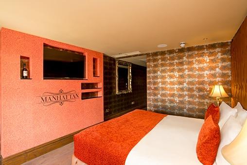 Manhattan suite - Prohibition floor at Signature Living