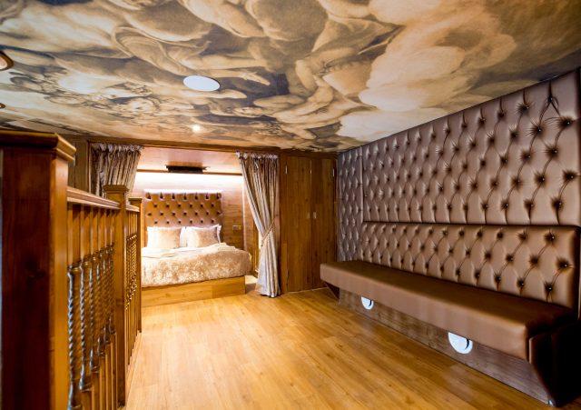 LP Pool room upper floor - Liverpool hotel pool parties