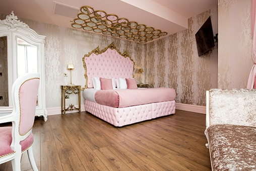 The Lust suite - group party hotel rooms in Liverpool