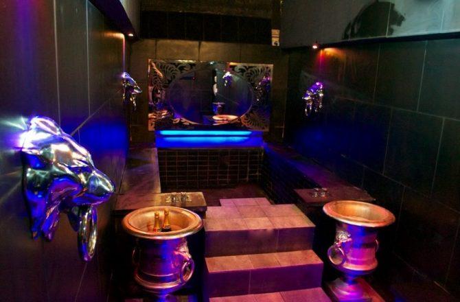 The Vault bathroom - Liverpool accommodation