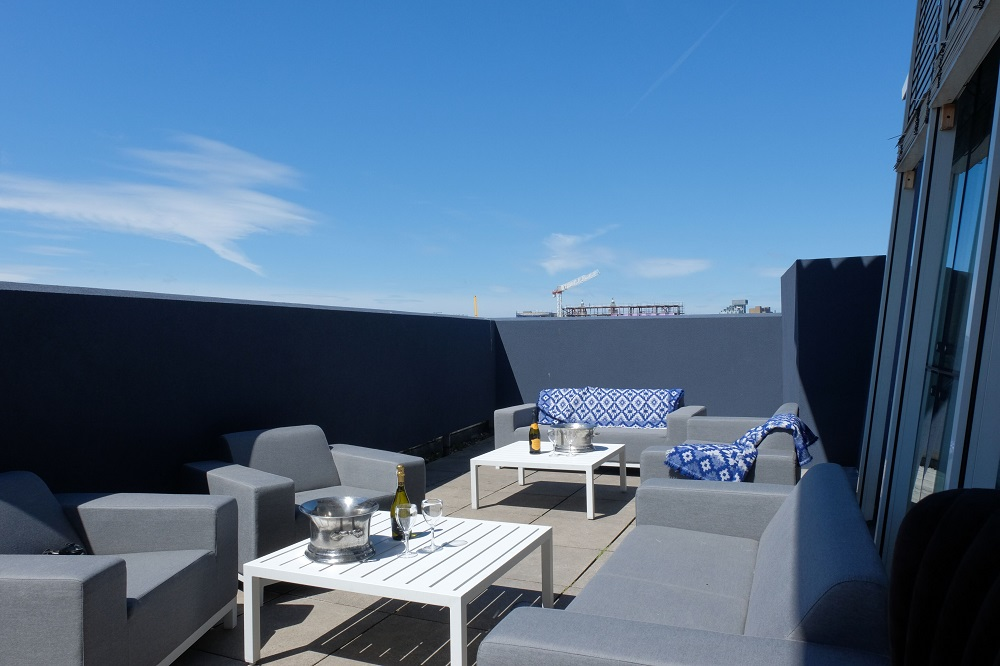 Liverpool hotels with balconies