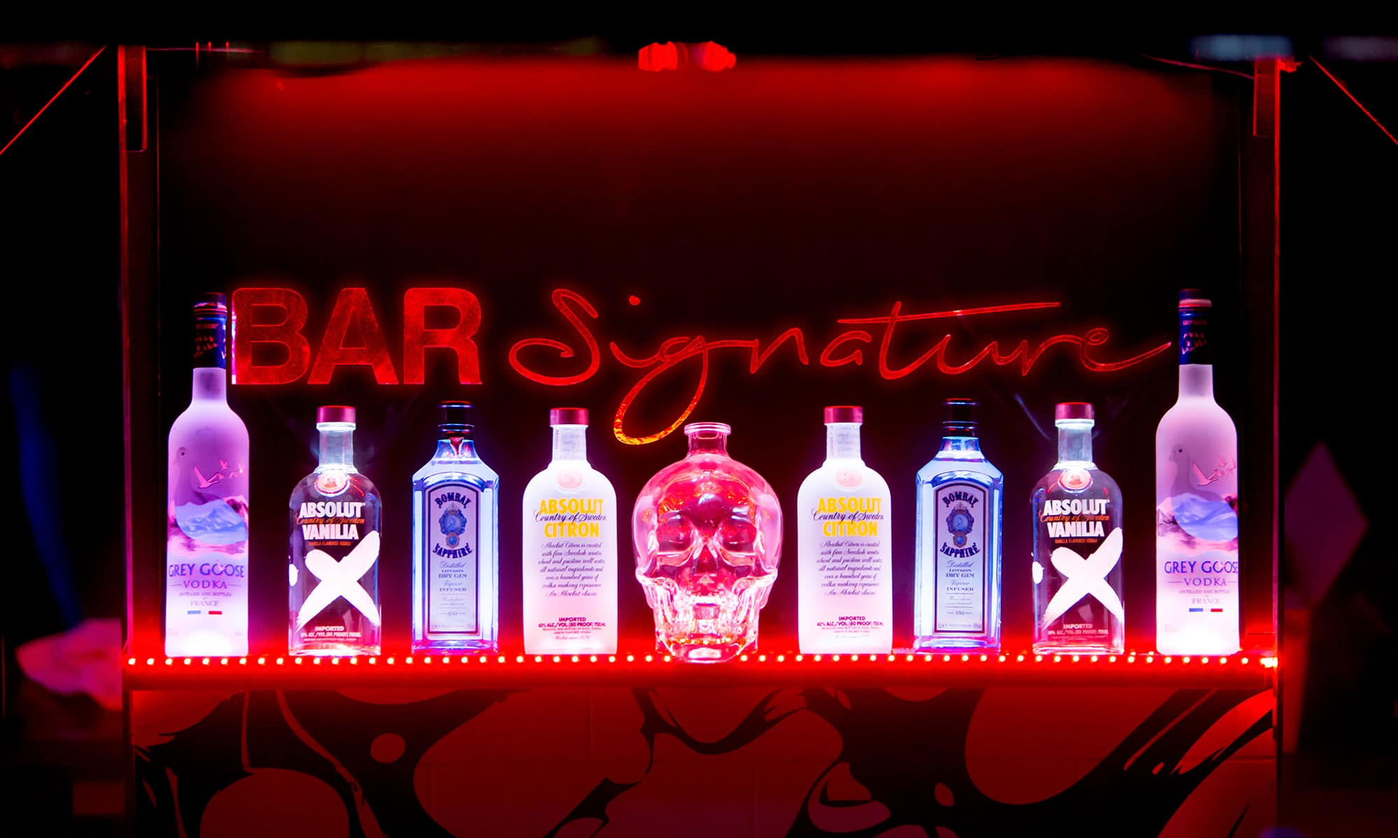 Signature Hotel's own Bar Signature