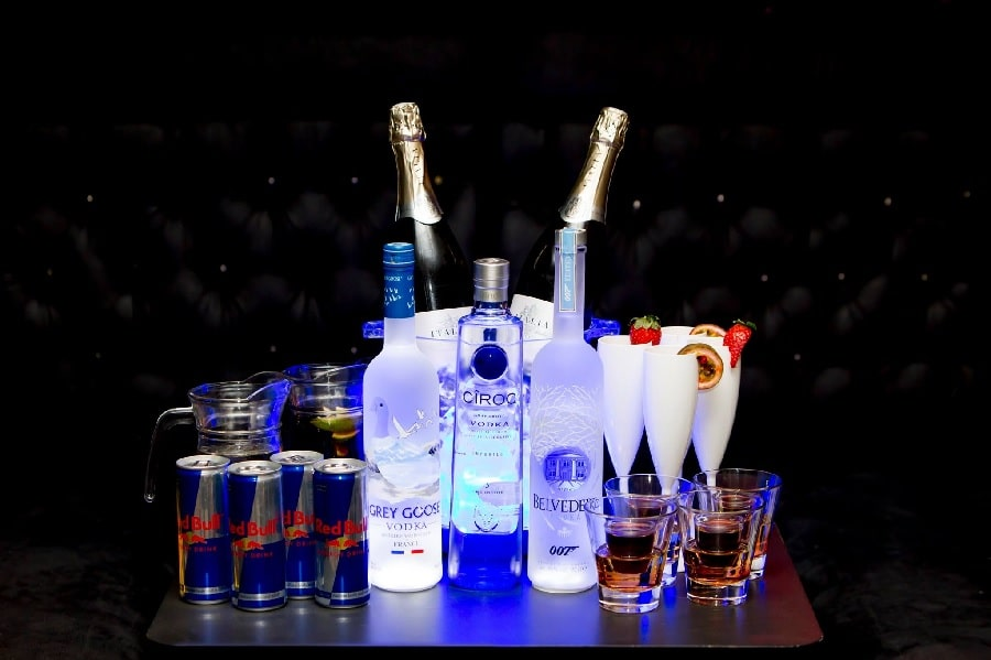 Bar Signature VIP booths - office Christmas party