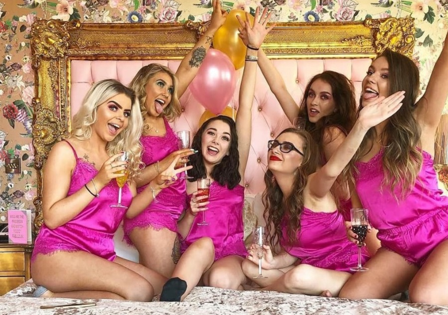 Girls night in Signature Living