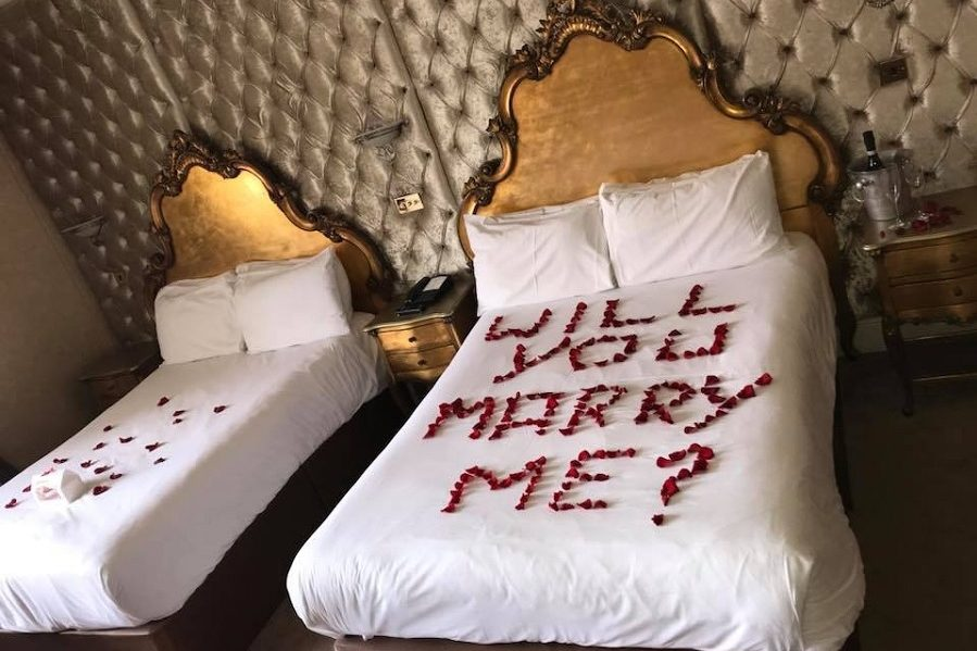 Proposal dates in Liverpool